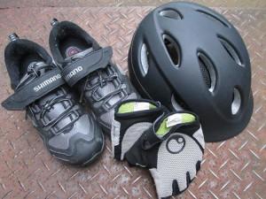 cyclehelmet-glove